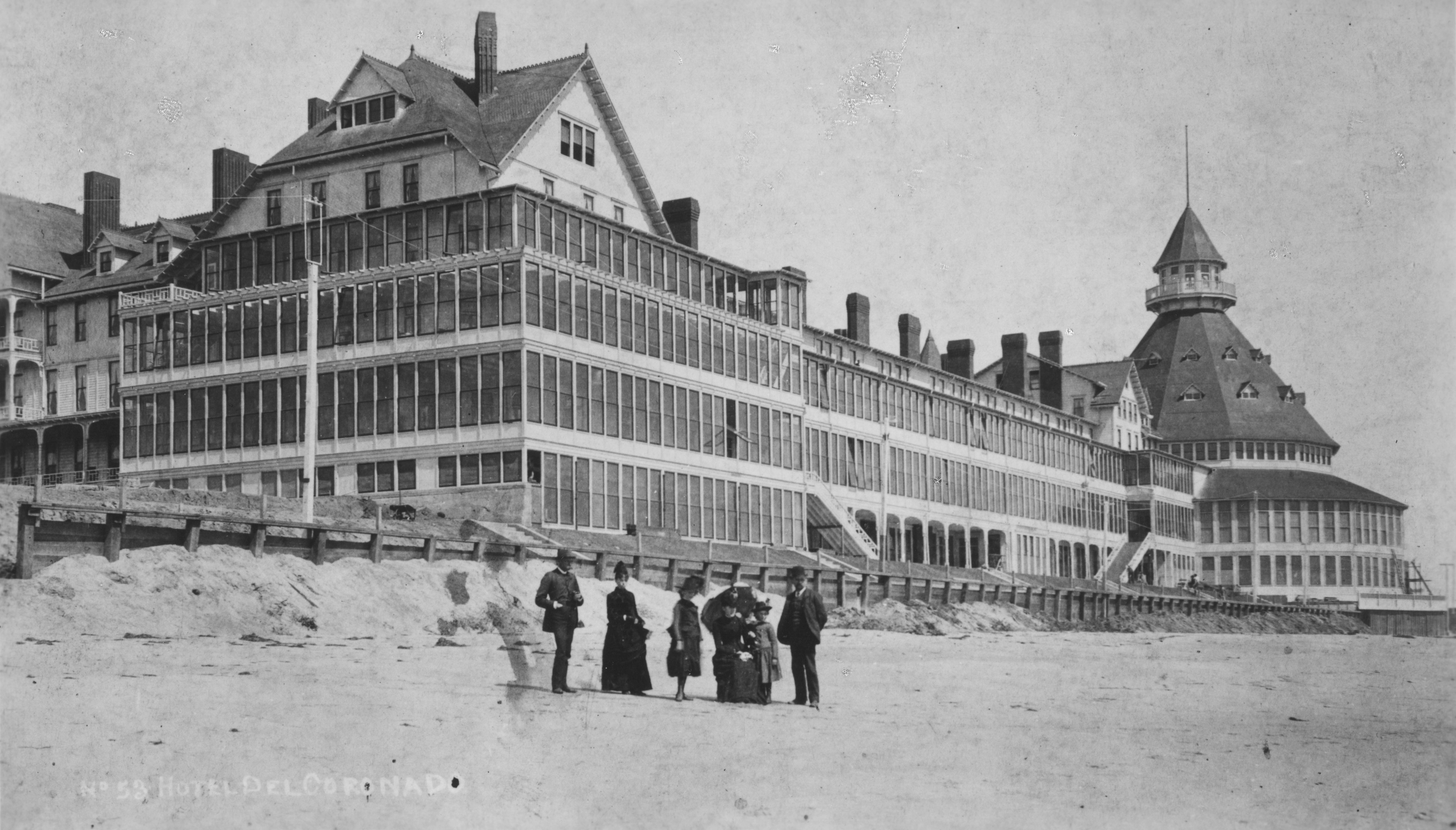 The History Of 1886 Crescent Hotel Historic Hotels Of America